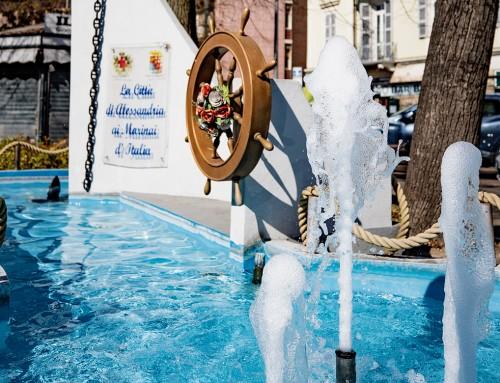 """AMAG Reti Idriche, riaperta la fontana-monumento ai Marinai d'Italia. Il Sindaco Cuttica: """"Simbolo di Alessandria che rinasce"""". Arrobbio e Conte: """"Presto aperte anche tutte le altre fontane: AMAG sempre al servizio della città"""""""